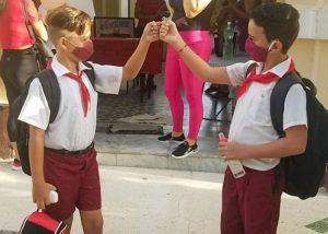 Cuba, Iran, Russie : une rentrée scolaire sous haute surveillance